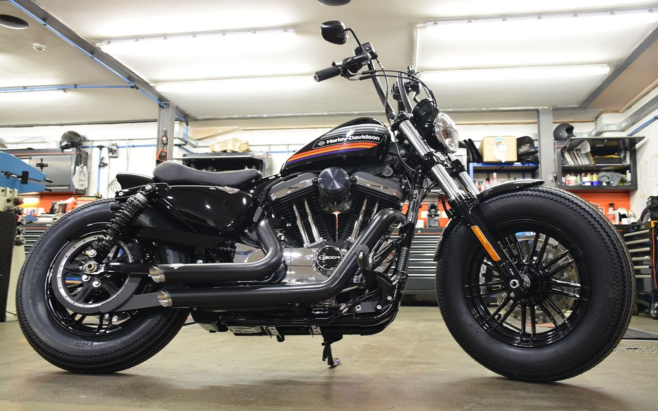 CUSTOM FORTY-EIGHT® SPECIAL